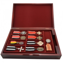 Wooden chest for coin or medal trays size XM